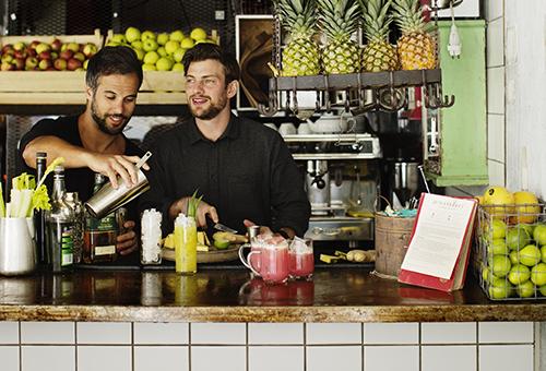 Sebastian och Andreas på Juiceverket