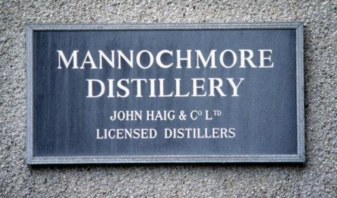 Mannochmore distillery skylt