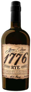 Svart flaska av märket James E Pepper 1776, Straight Rye.