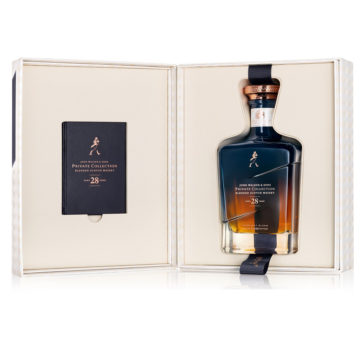 Johnnie Walker Midnight Blend innehåller 28 år gammal whisky.